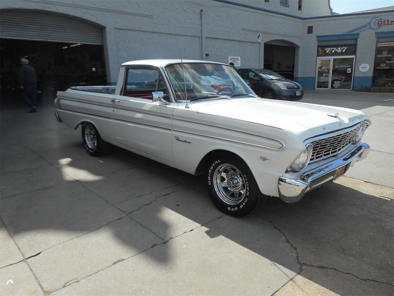 Large Picture of '64 Ford Ranchero Offered by Checkered Flag Classic Inc. - Q45Z