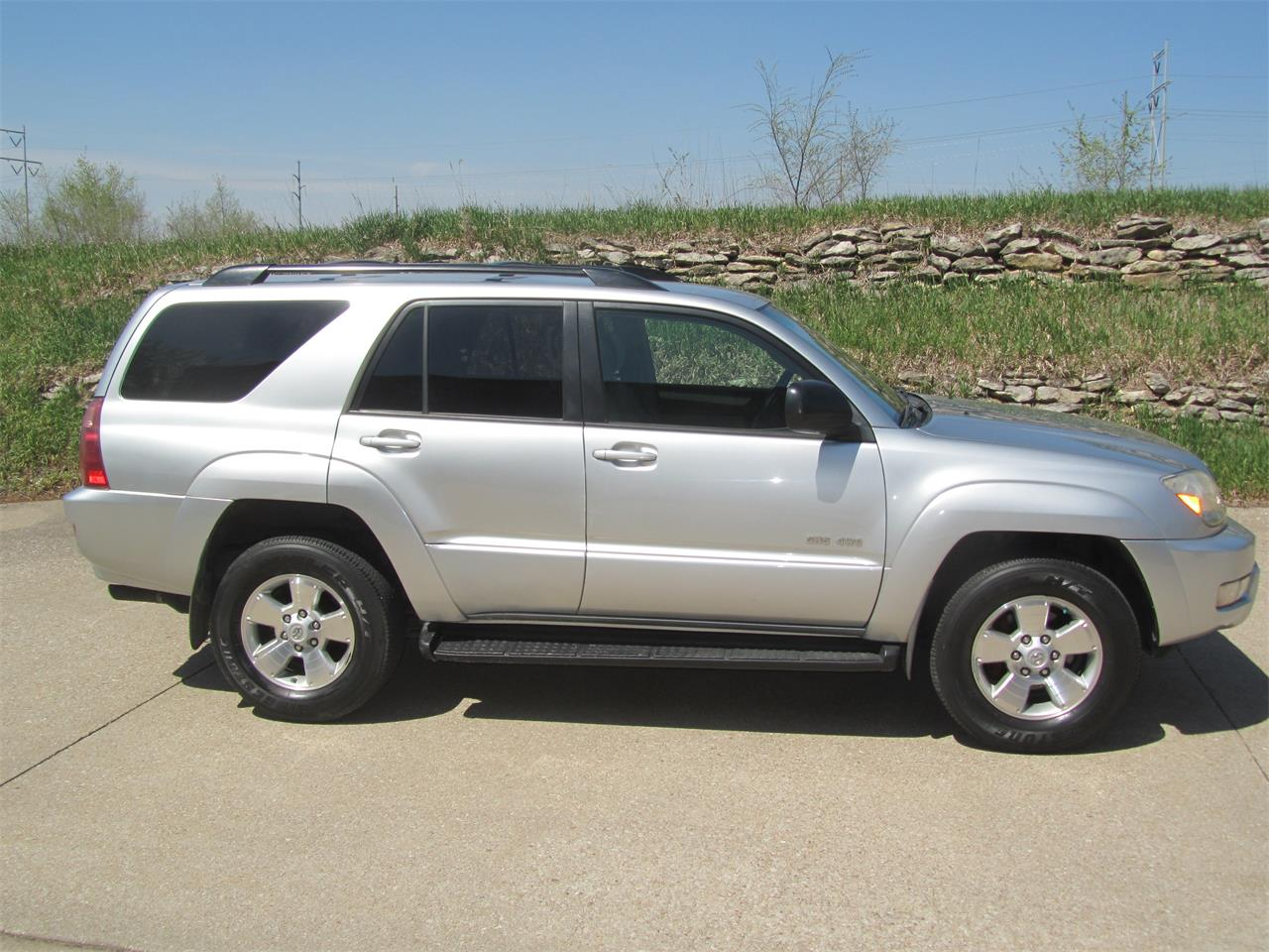 Large Picture of '05 4Runner - $13,900.00 Offered by Classic Auto Sales - PYAM