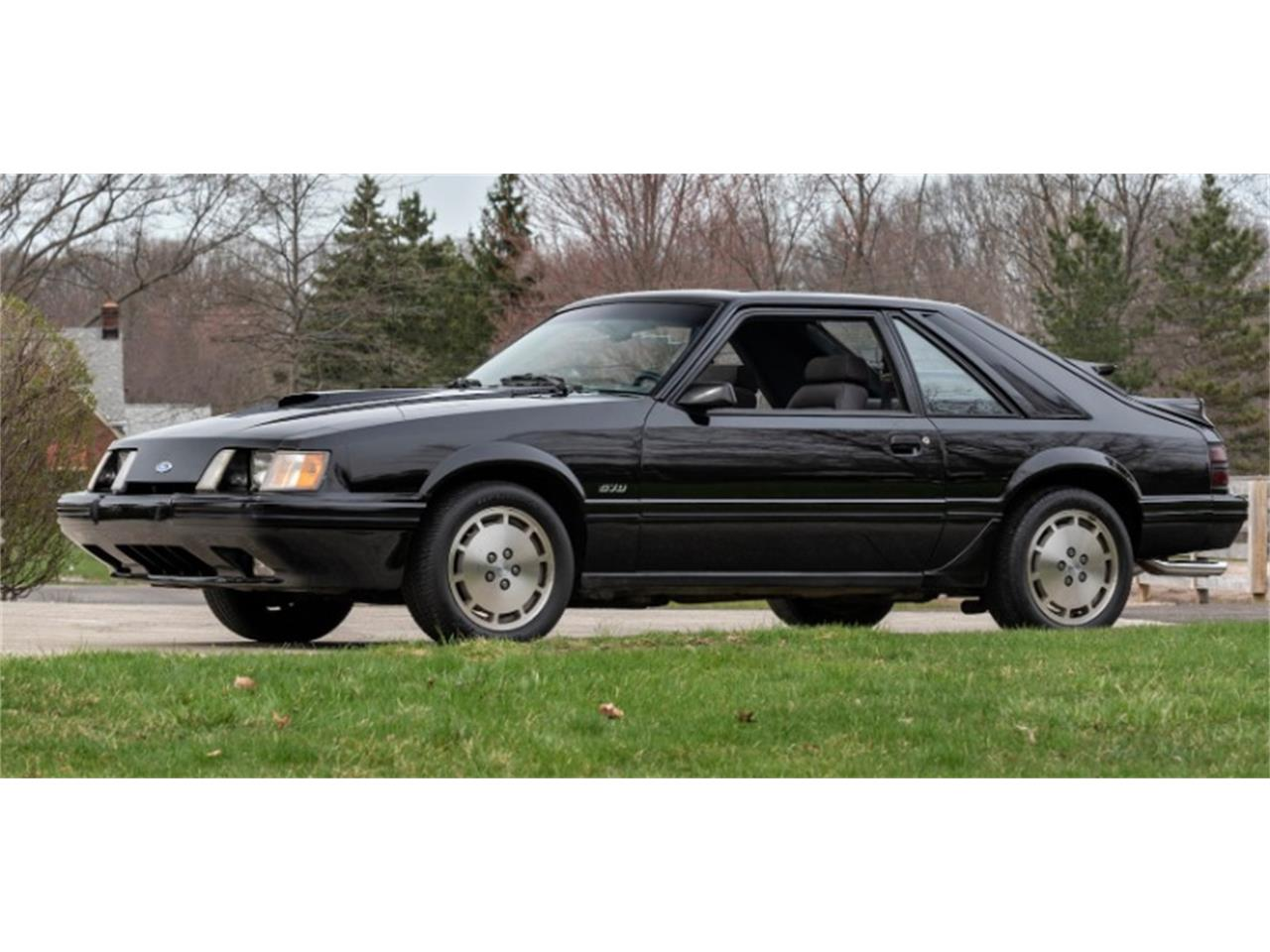 Large Picture of '84 Ford Mustang located in Illinois - Q46S