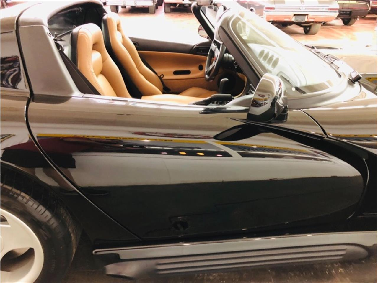 Large Picture of 1995 Viper located in Illinois - $34,807.00 - Q46X