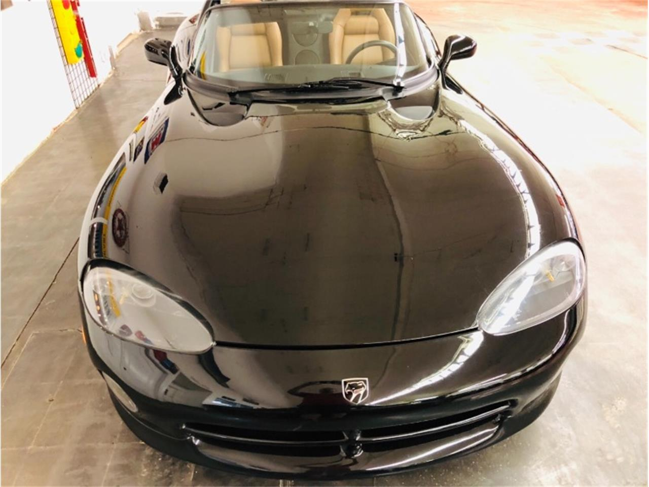 Large Picture of '95 Dodge Viper - $34,807.00 - Q46X
