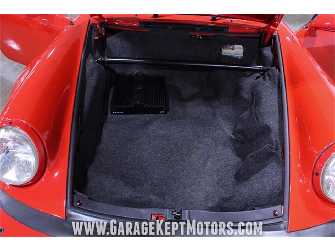 Large Picture of '82 Porsche 911 Offered by Garage Kept Motors - Q470
