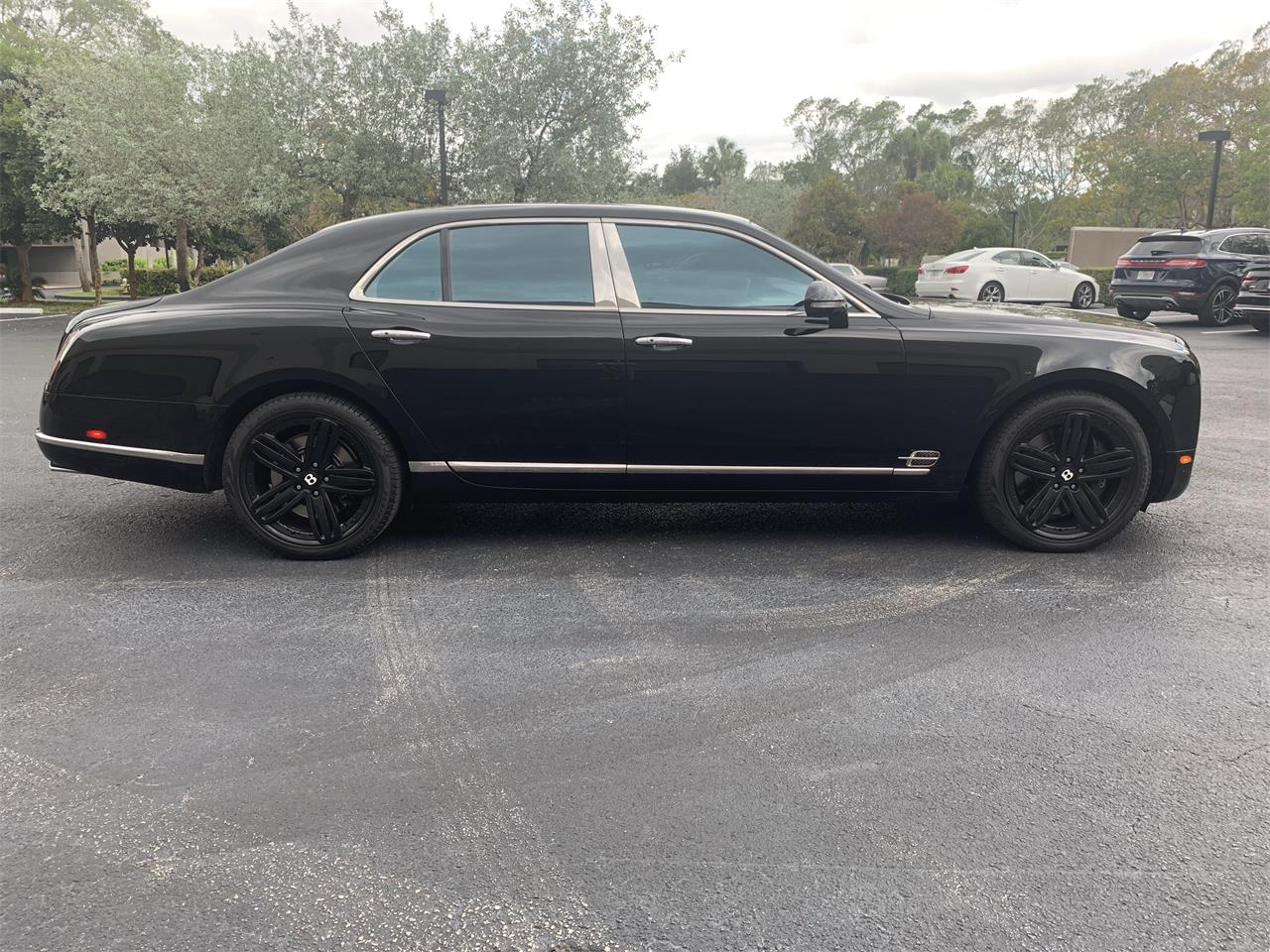 Large Picture of 2011 Mulsanne S - $139,000.00 Offered by European Autobody, Inc. - PXPH