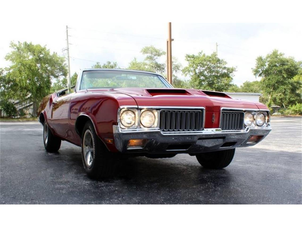 Large Picture of '70 Oldsmobile Cutlass located in Clearwater Florida Offered by PJ's Auto World - Q478