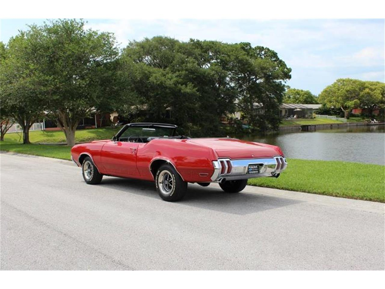 Large Picture of Classic 1970 Oldsmobile Cutlass Offered by PJ's Auto World - Q478