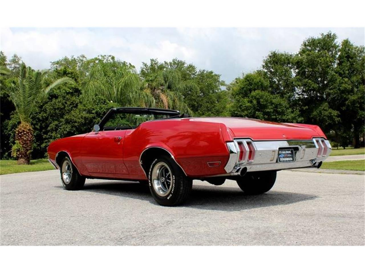 Large Picture of Classic 1970 Oldsmobile Cutlass located in Florida - Q478