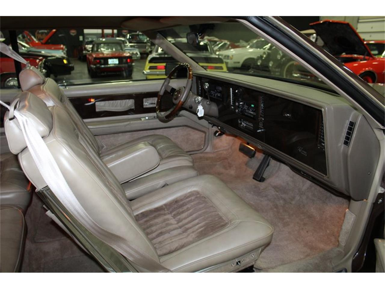 Large Picture of 1985 Riviera Offered by Classic Cars of Sarasota - Q47D
