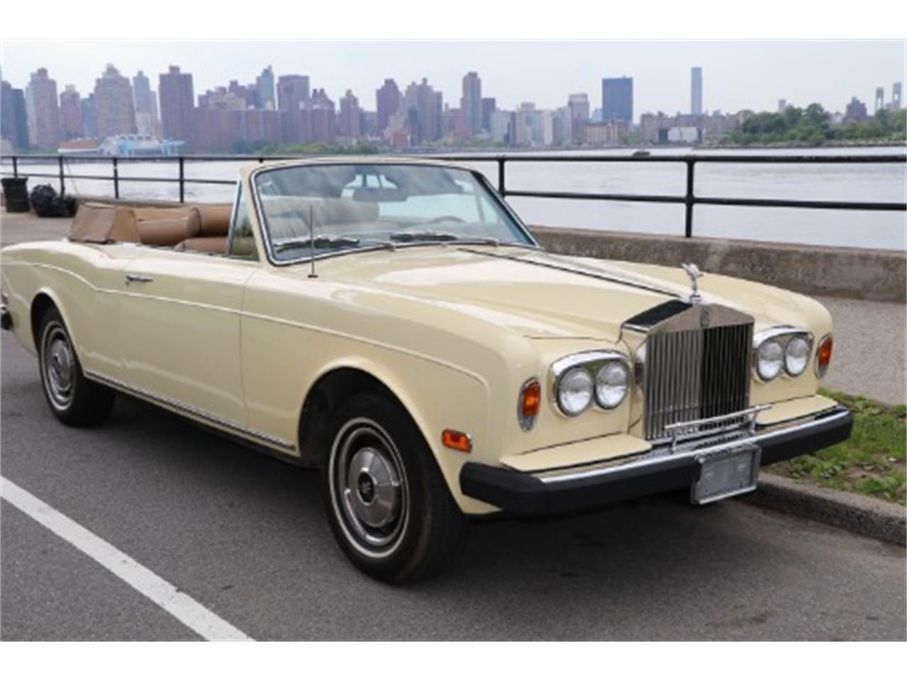Large Picture of '78 Corniche - Q47G