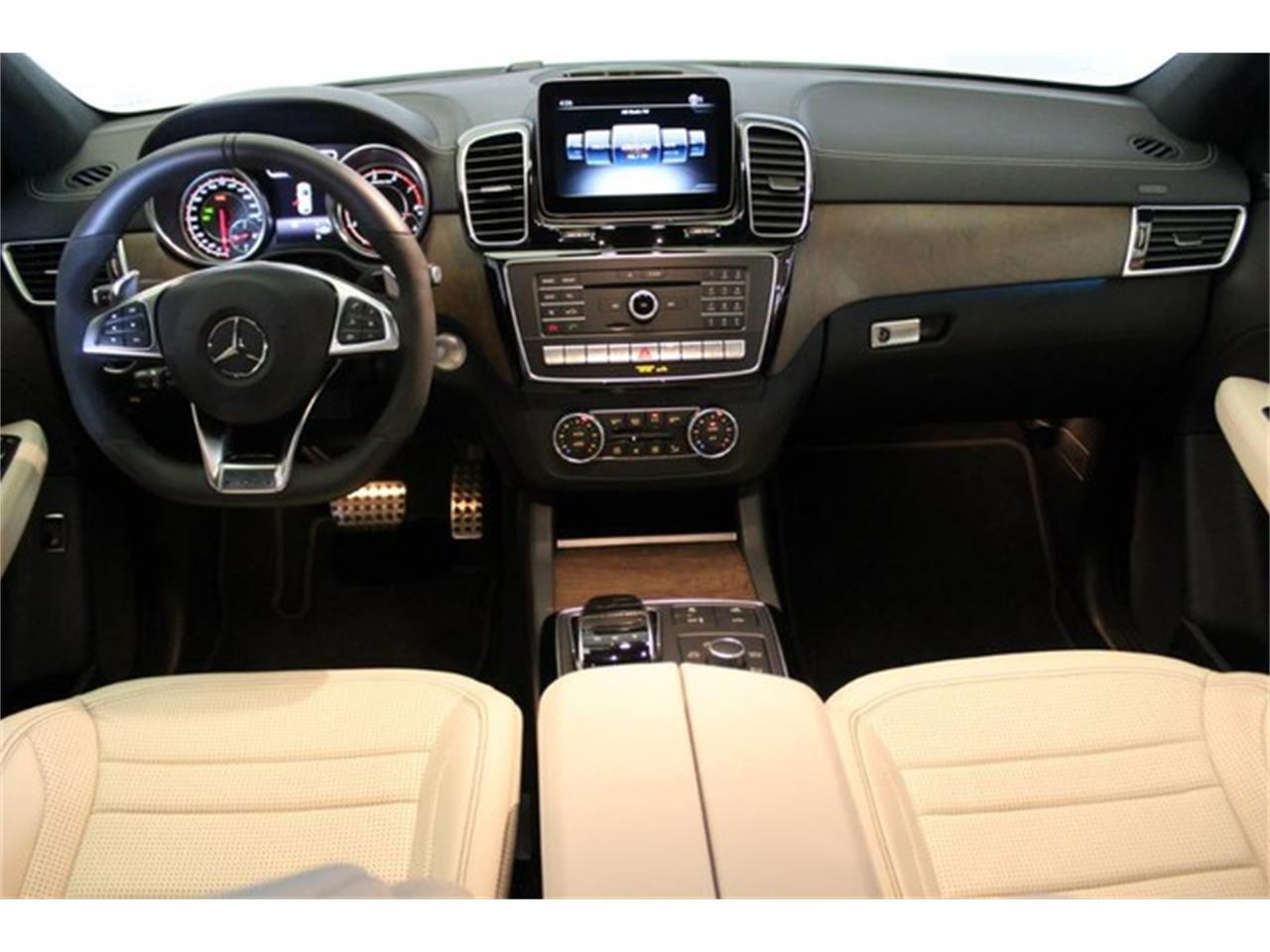 Large Picture of '19 GL-Class - Q47H