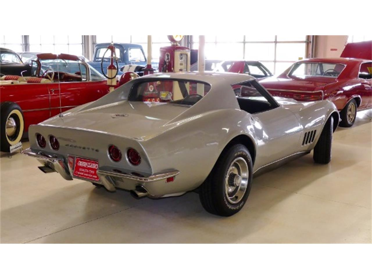 Large Picture of 1968 Corvette located in Ohio Offered by Cruisin Classics - Q47R