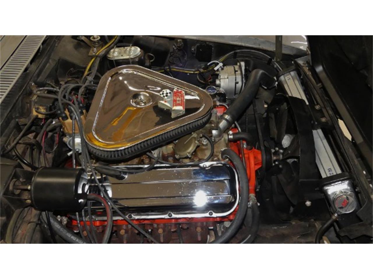 Large Picture of Classic 1968 Corvette - Q47R