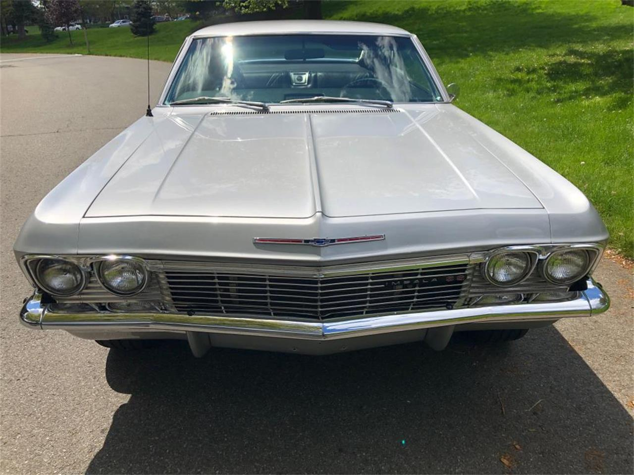 Large Picture of Classic '65 Chevrolet Impala located in Connecticut - $34,000.00 - Q47Y