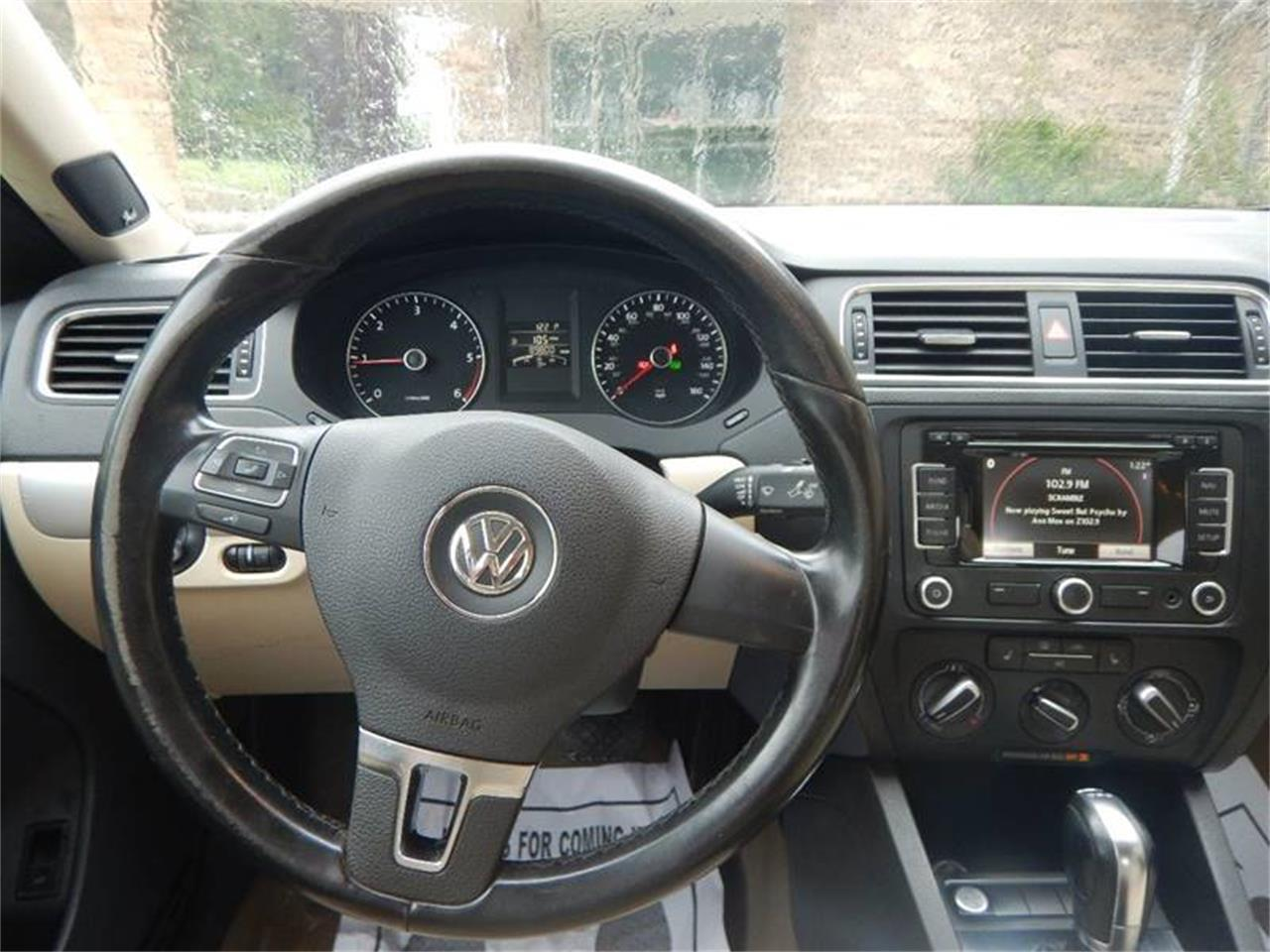 Large Picture of 2012 Volkswagen Jetta located in Clarence Iowa Offered by Kinion Auto Sales & Service - Q48I