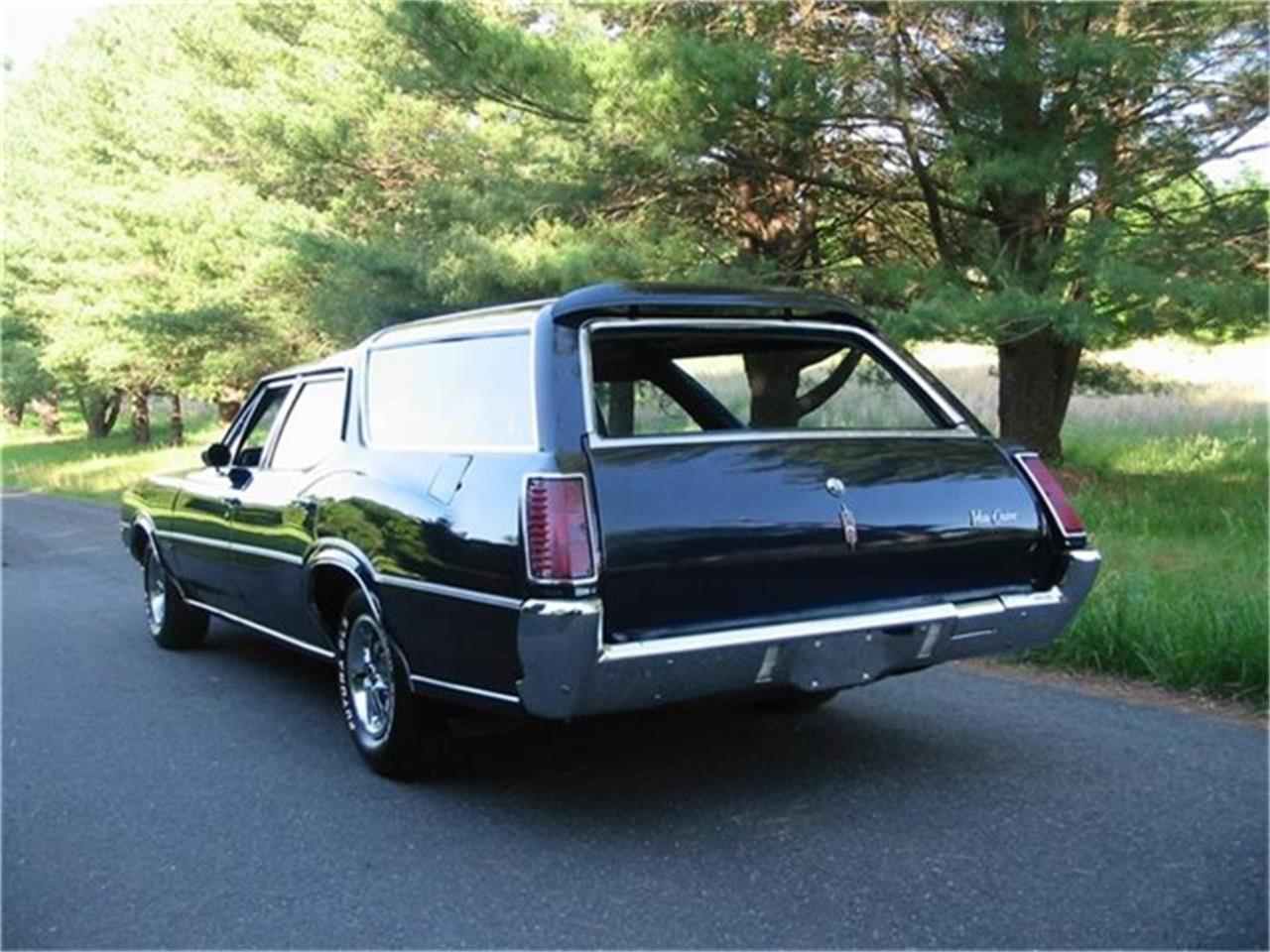 Large Picture of '72 Vista Cruiser - Q48Z