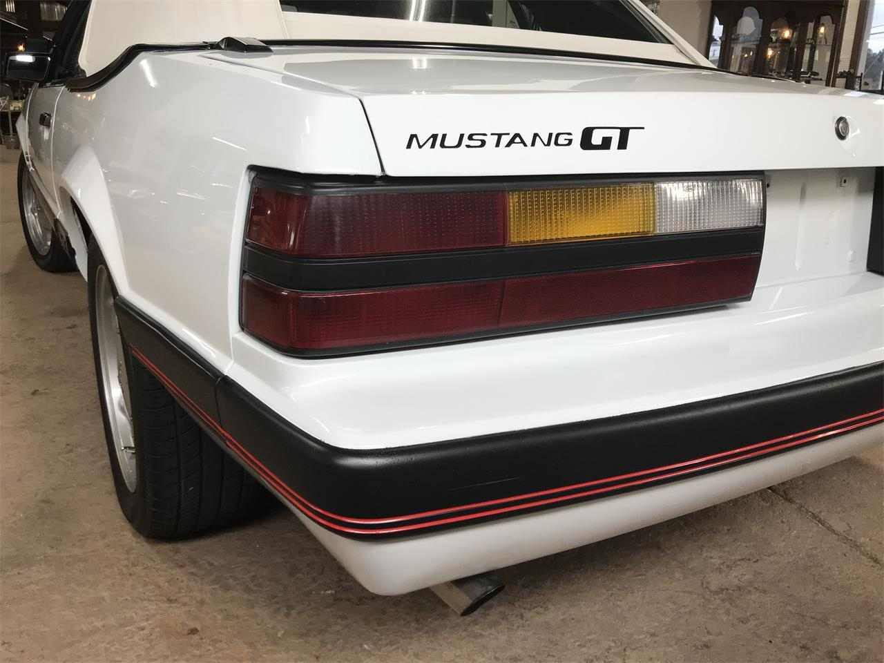 Large Picture of '85 Mustang GT - PYAY