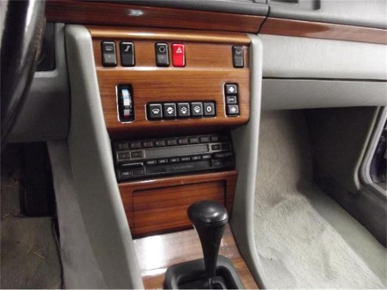 Large Picture of 1992 Mercedes-Benz 300D located in Cadillac Michigan Offered by Classic Car Deals - Q4A7