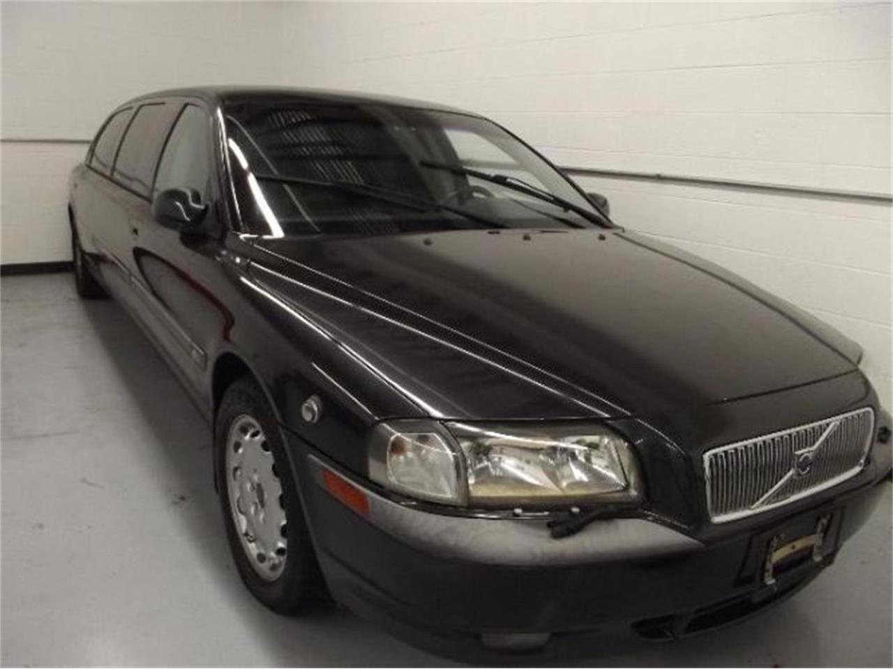 Large Picture of '01 Volvo S80 - $13,395.00 - Q4A8