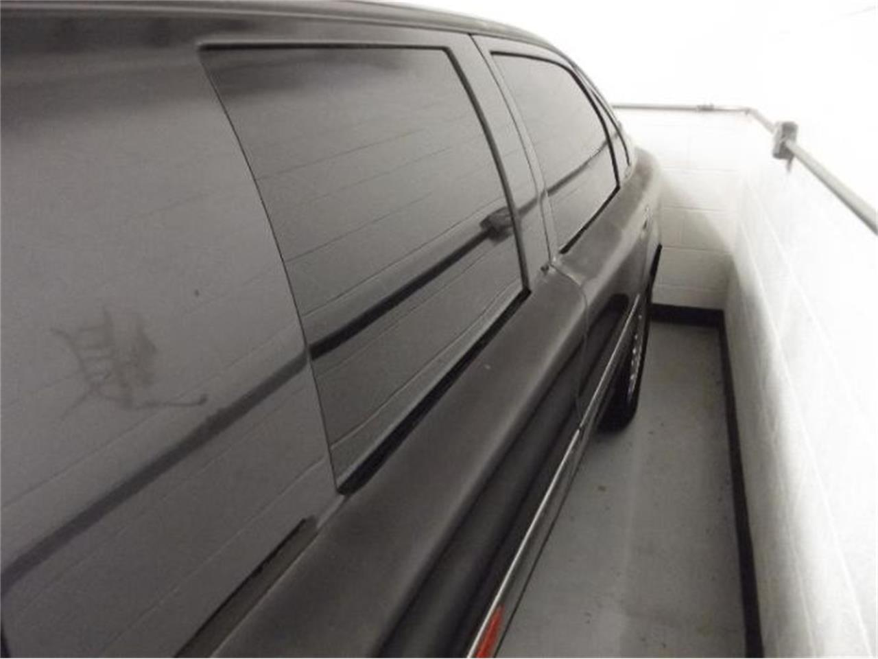 Large Picture of 2001 Volvo S80 located in Cadillac Michigan Offered by Classic Car Deals - Q4A8