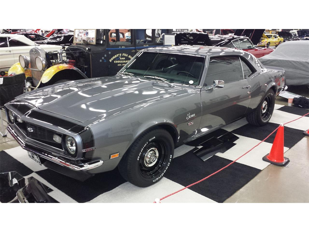 Large Picture of '68 Camaro SS - Q4CH