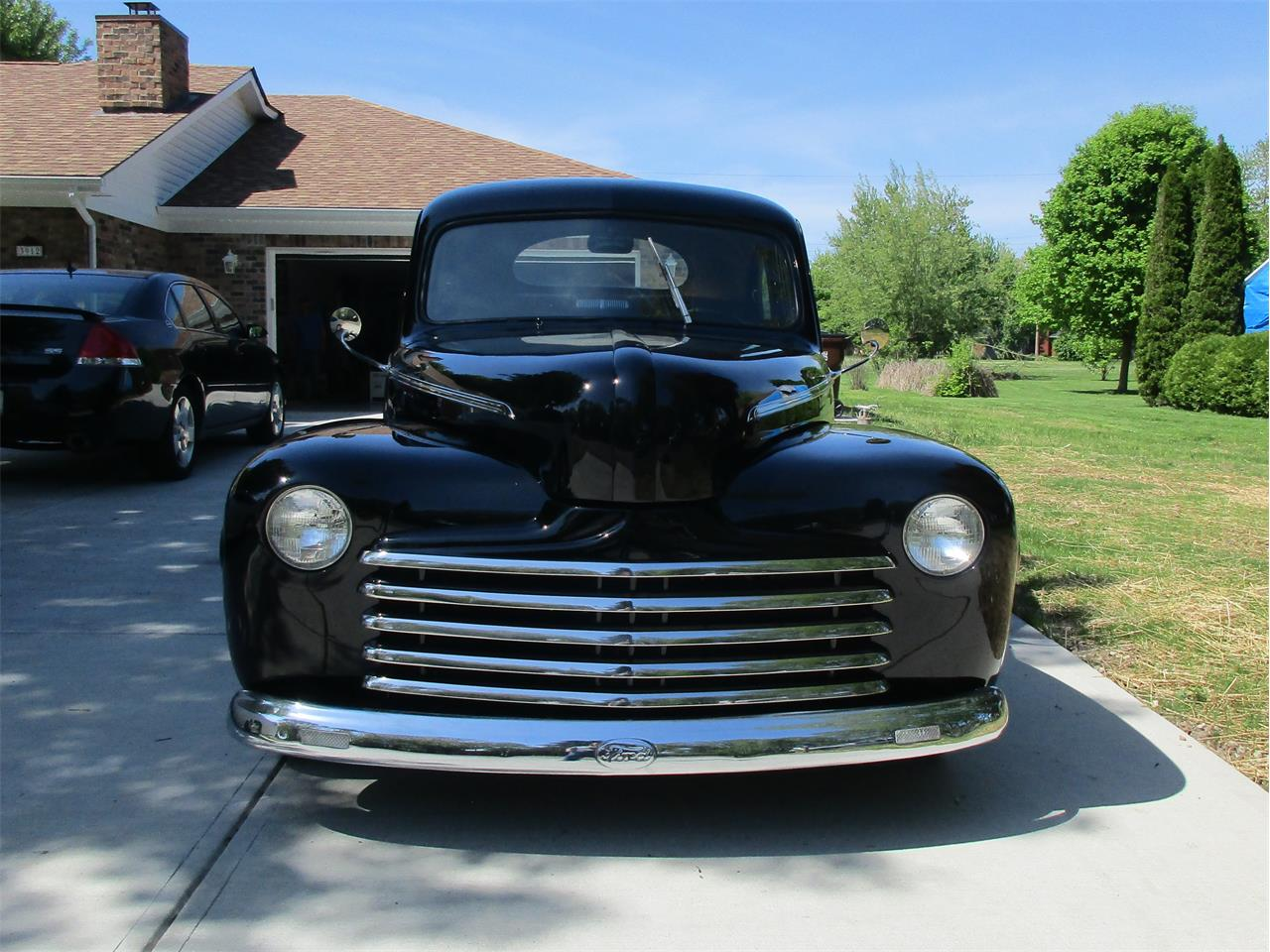 Large Picture of '46 Ford 2-Dr Coupe located in Beavercreek Ohio - Q4D6