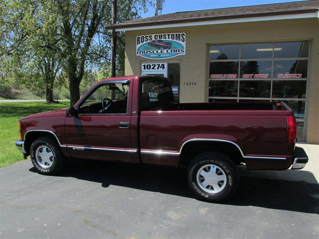 Large Picture of '98 Cheyenne - Q4DN