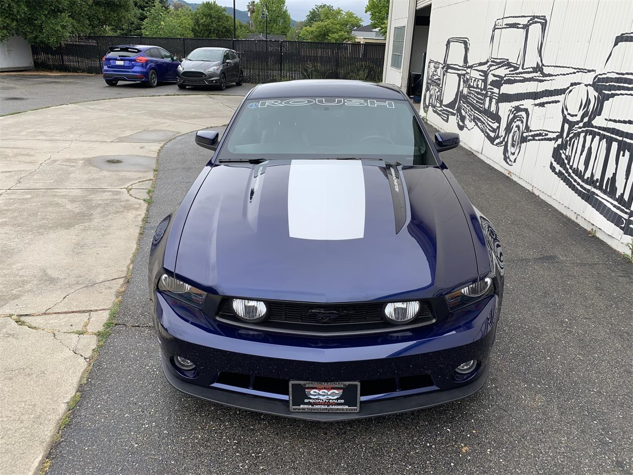 Large Picture of 2010 Mustang - Q4E0