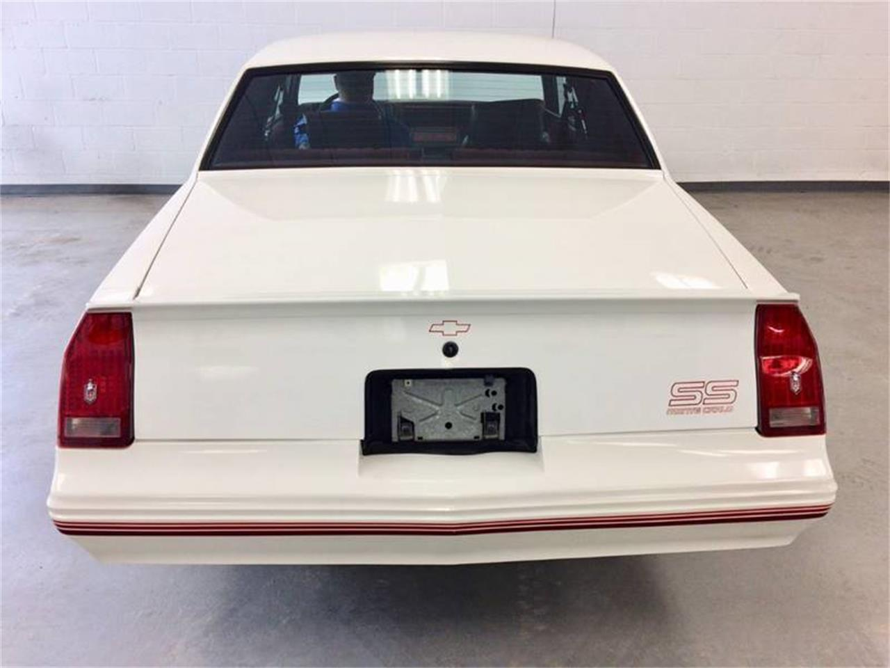 Large Picture of '88 Monte Carlo - Q4F8