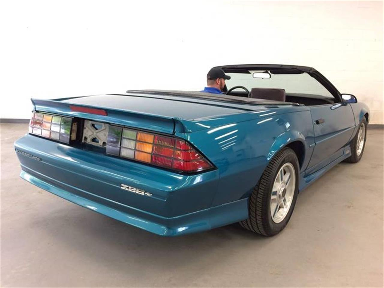 Large Picture of 1992 Chevrolet Camaro located in New York - $12,995.00 - Q4F9
