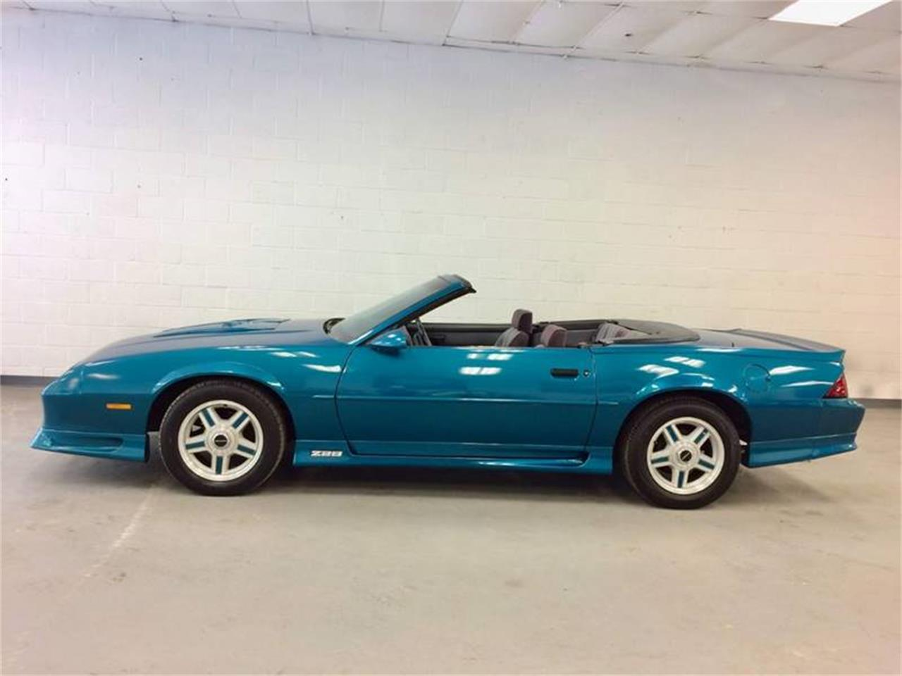 Large Picture of 1992 Camaro Offered by Excite Motorsports - Q4F9