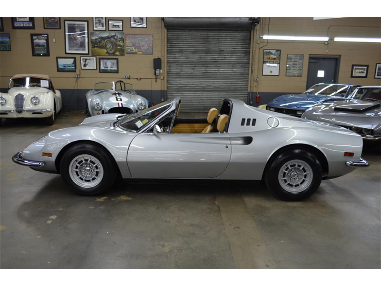 Large Picture of Classic '73 Dino - Q4FZ