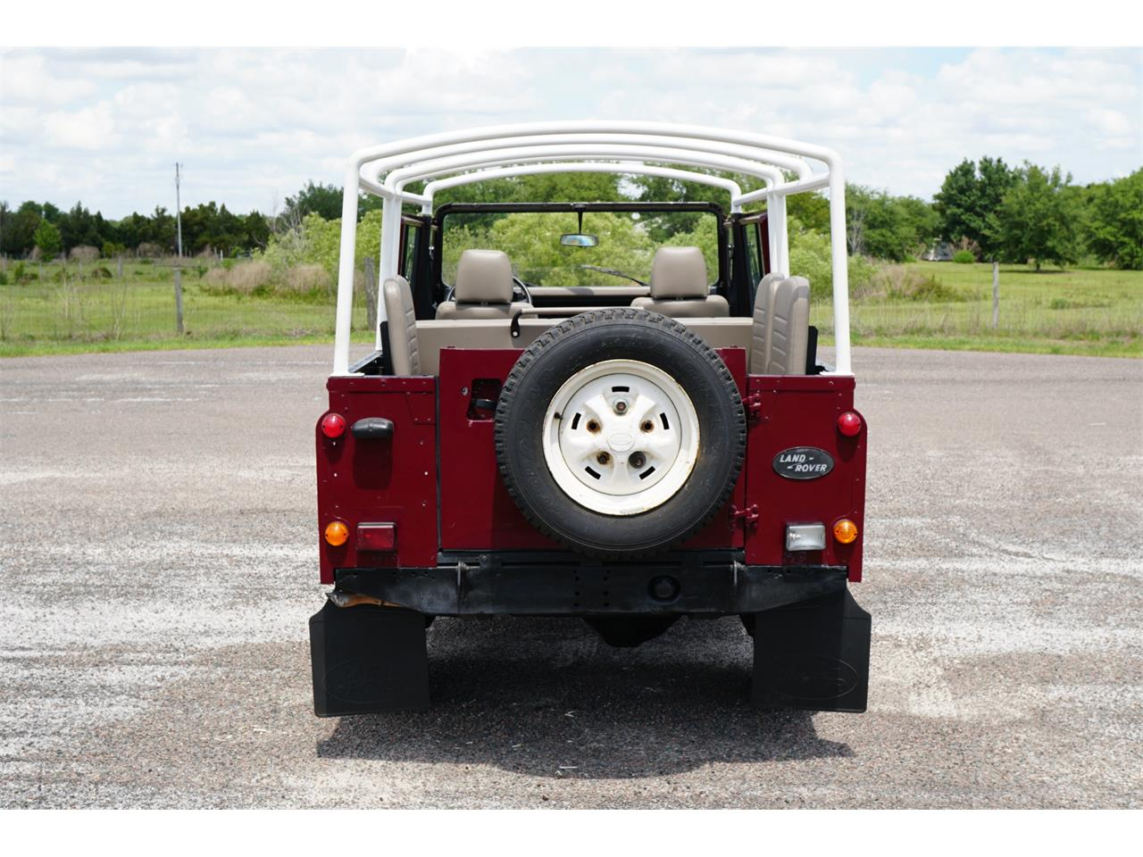 Large Picture of '83 Defender 110 - Q4H7