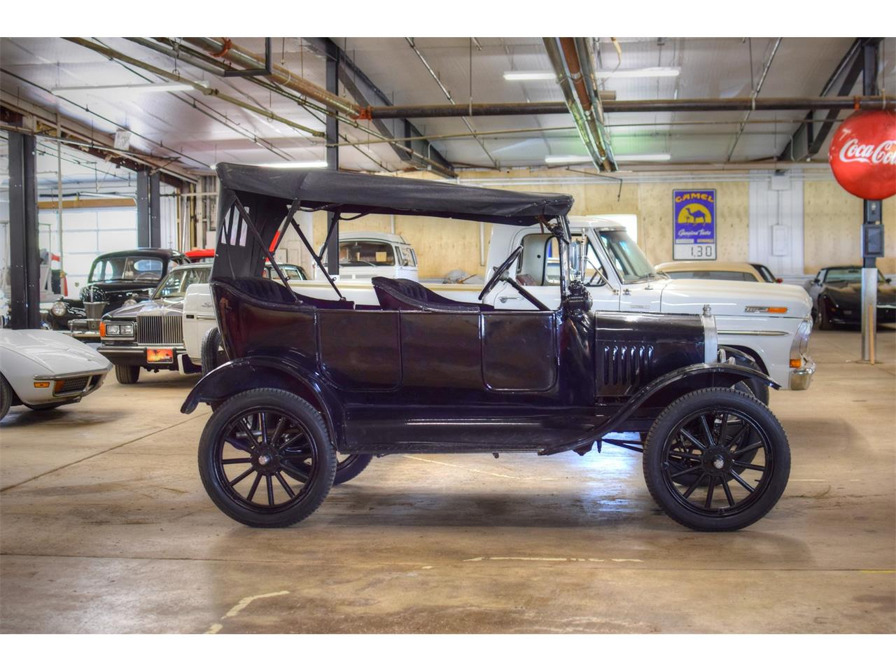 Large Picture of '17 Model T - Q4HP