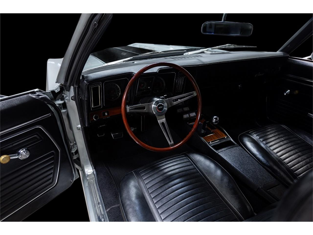 Large Picture of '69 Camaro located in Massachusetts Auction Vehicle Offered by MS Classic Cars - Q4J9