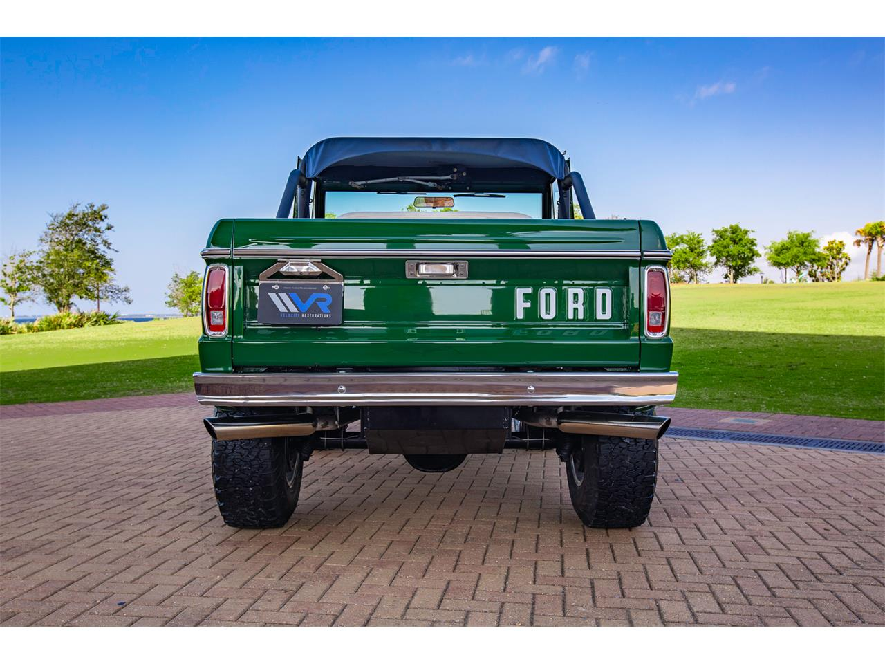 Large Picture of Classic 1971 Bronco - Q4JS