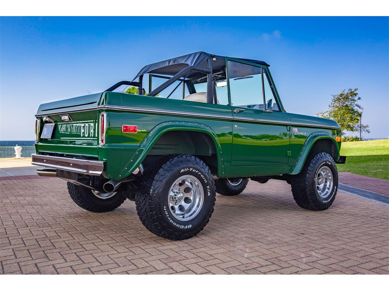 Large Picture of '71 Bronco Offered by Velocity Restorations - Q4JS