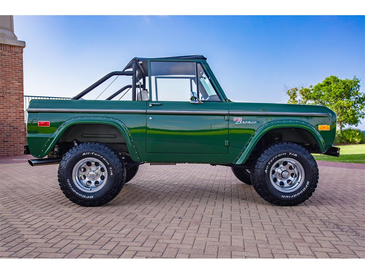Large Picture of 1971 Ford Bronco located in Pensacola Florida - $139,900.00 Offered by Velocity Restorations - Q4JS