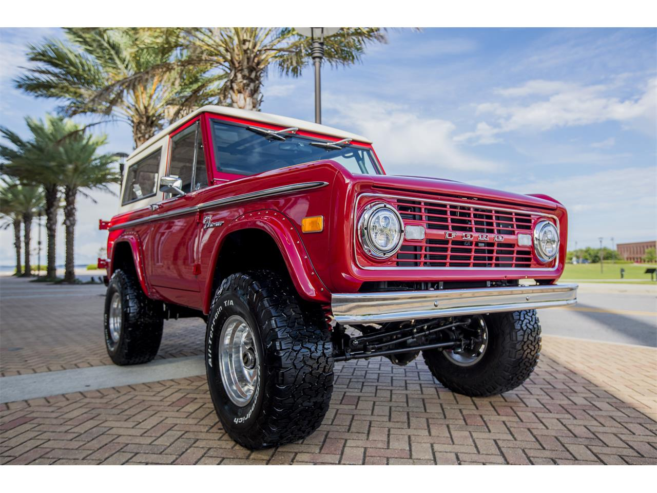 Large Picture of Classic 1972 Bronco located in Florida - $199,900.00 Offered by Velocity Restorations - Q4JV