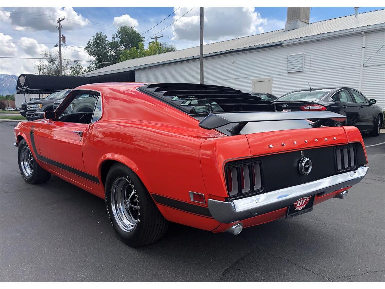 Large Picture of Classic '70 Ford Mustang Auction Vehicle Offered by DT Auto Brokers - Q4K1