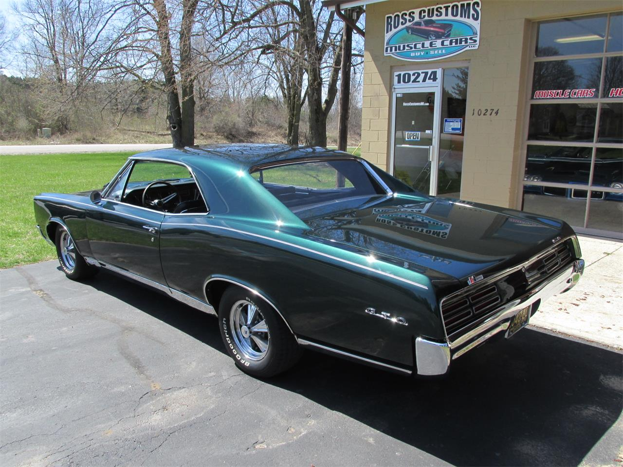 Large Picture of '67 GTO - PYC2