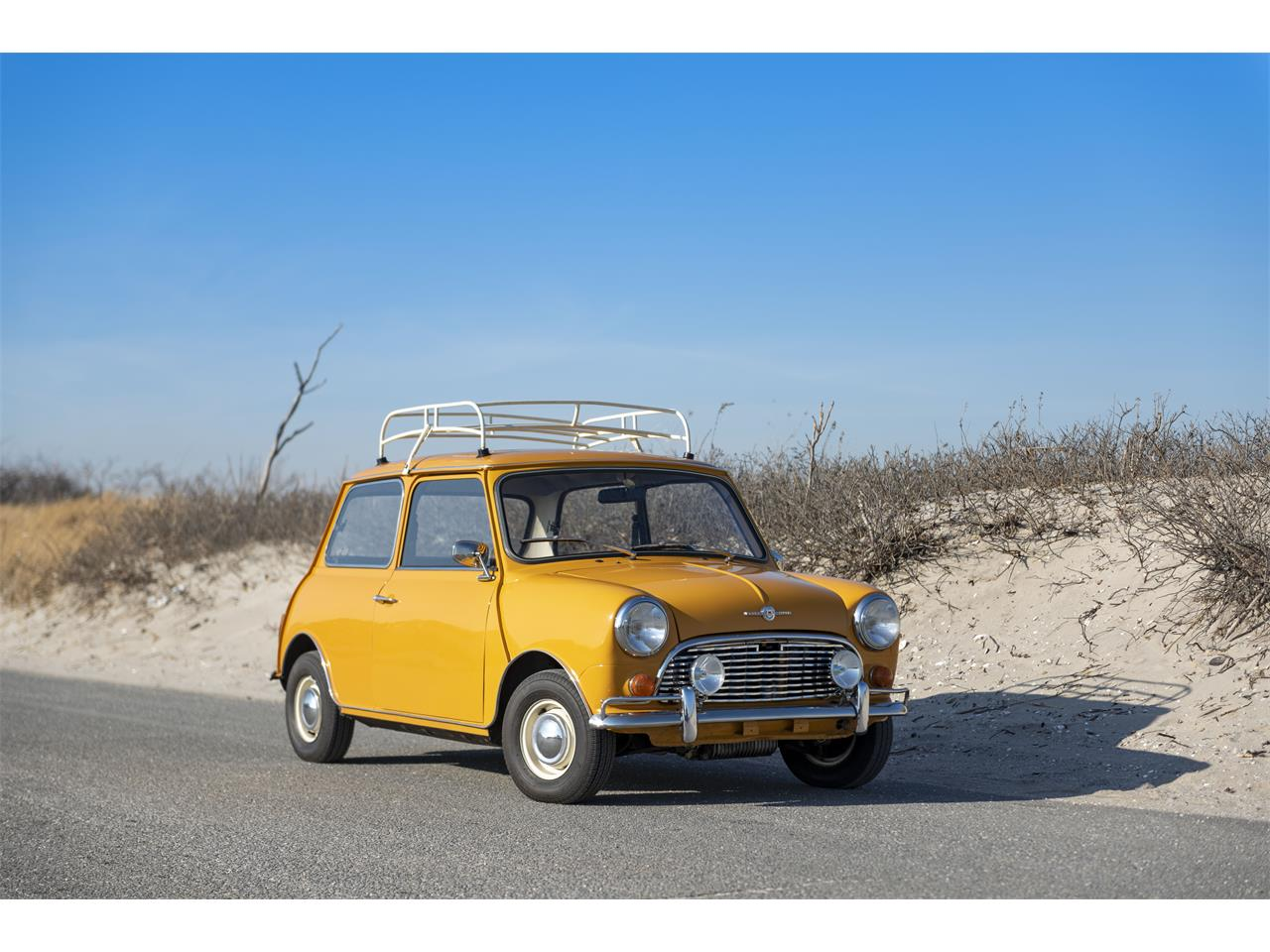 Large Picture of '71 MINI Cooper Offered by Automotive Restorations - PXPM