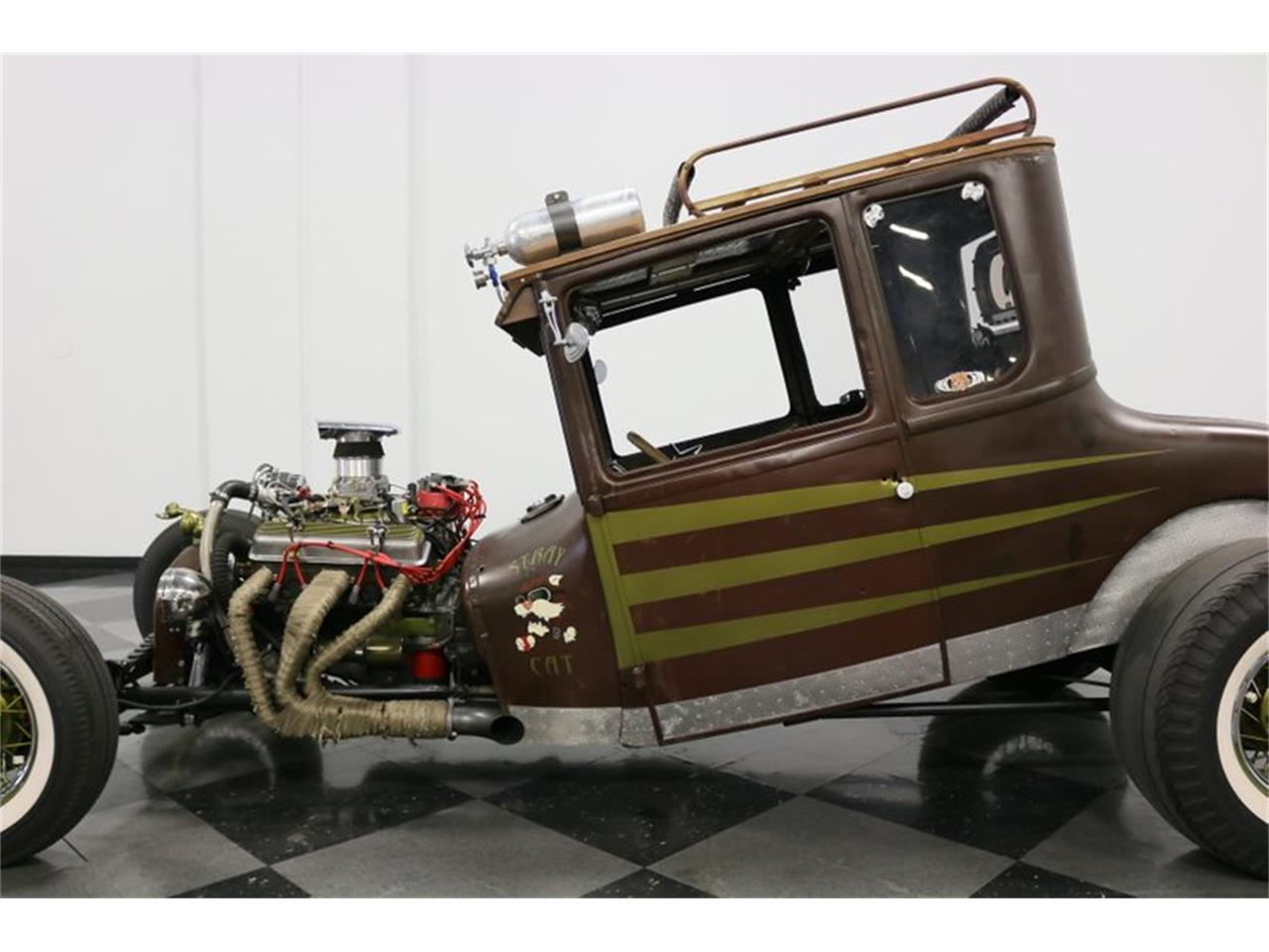 Large Picture of '27 Coupe located in Texas Offered by Streetside Classics - Dallas / Fort Worth - Q4LA