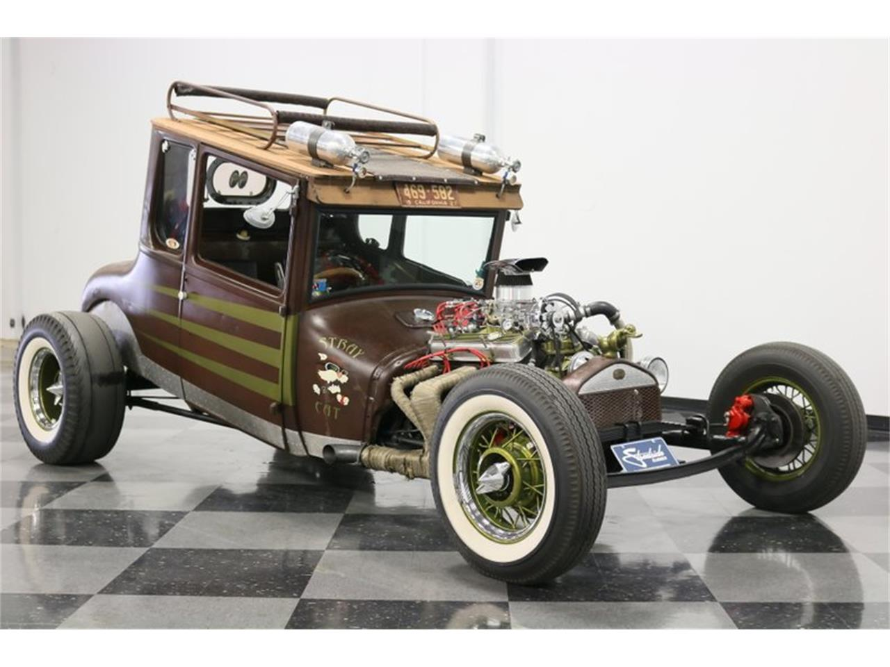 Large Picture of Classic 1927 Ford Coupe located in Ft Worth Texas Offered by Streetside Classics - Dallas / Fort Worth - Q4LA