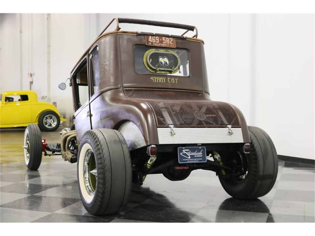 Large Picture of 1927 Coupe located in Ft Worth Texas Offered by Streetside Classics - Dallas / Fort Worth - Q4LA