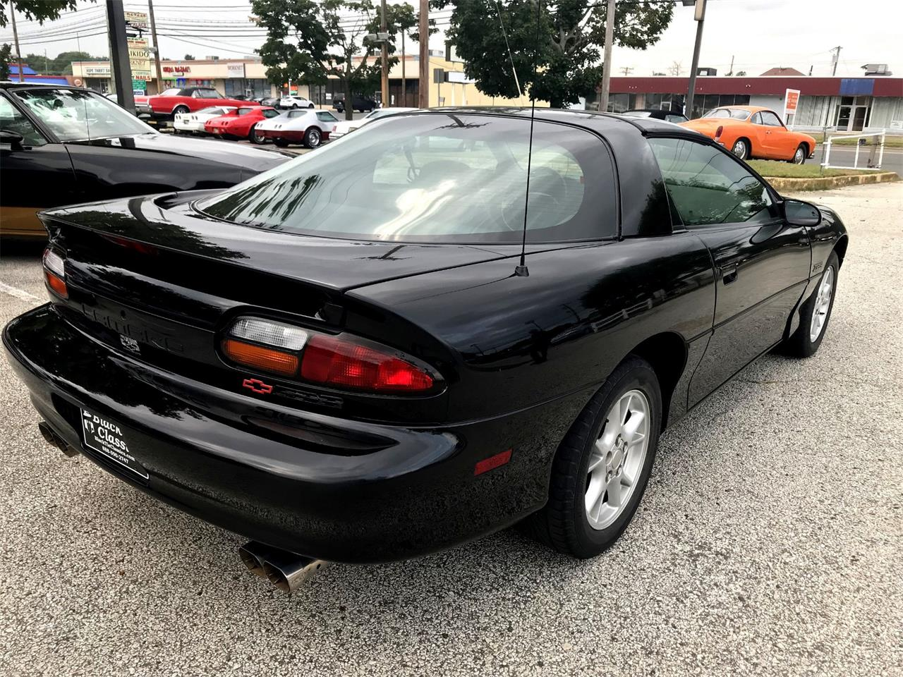 Large Picture of '00 Camaro Z28 Offered by Black Tie Classics - Q4MK