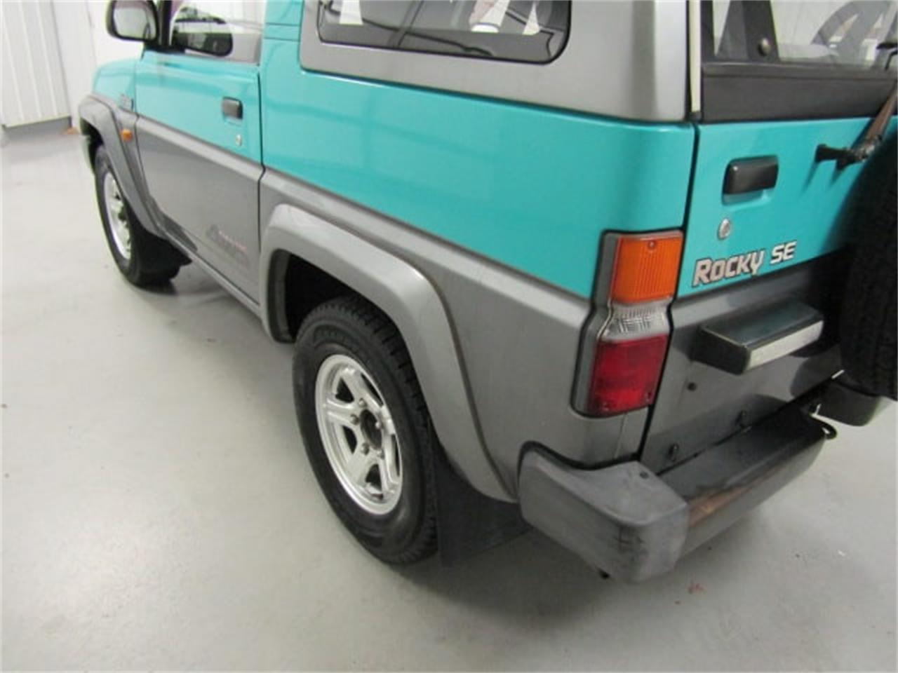 Large Picture of '91 Daihatsu Rocky located in Christiansburg Virginia - $8,989.00 - Q4MR
