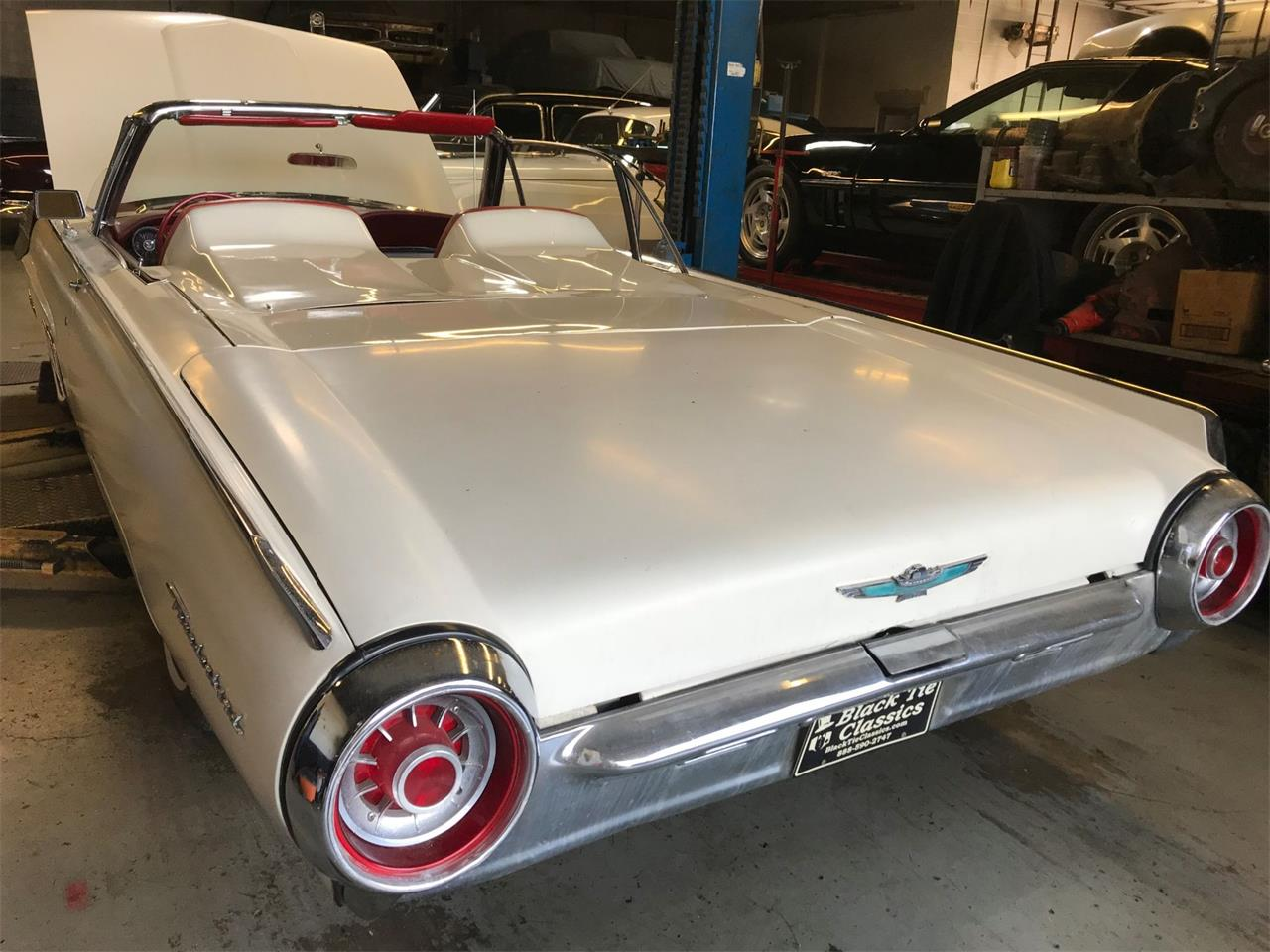 Large Picture of 1963 Thunderbird located in Stratford New Jersey Auction Vehicle Offered by Black Tie Classics - Q4MX