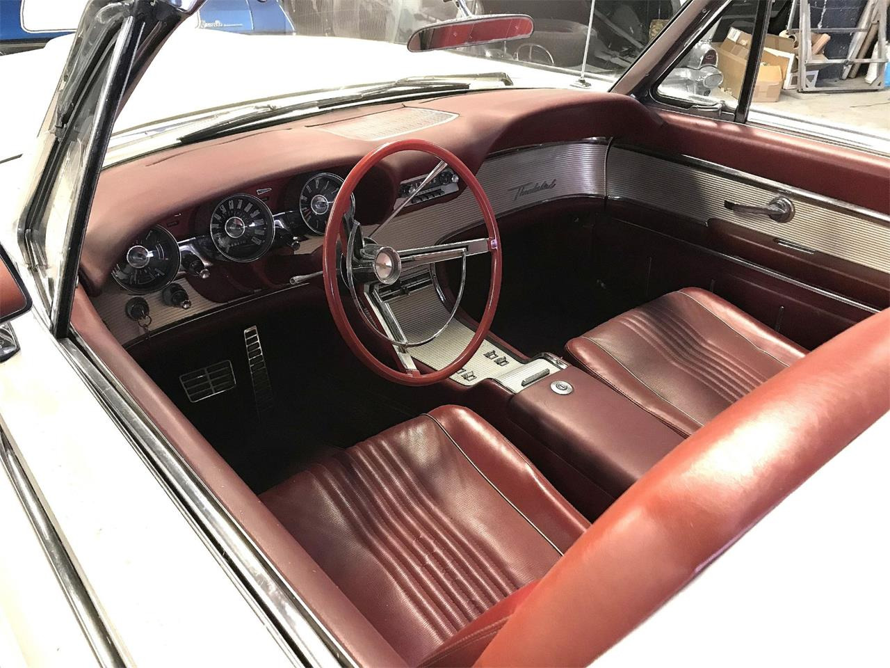 Large Picture of Classic '63 Thunderbird Auction Vehicle - Q4MX