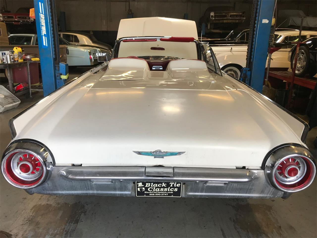 Large Picture of Classic 1963 Thunderbird located in Stratford New Jersey - Q4MX