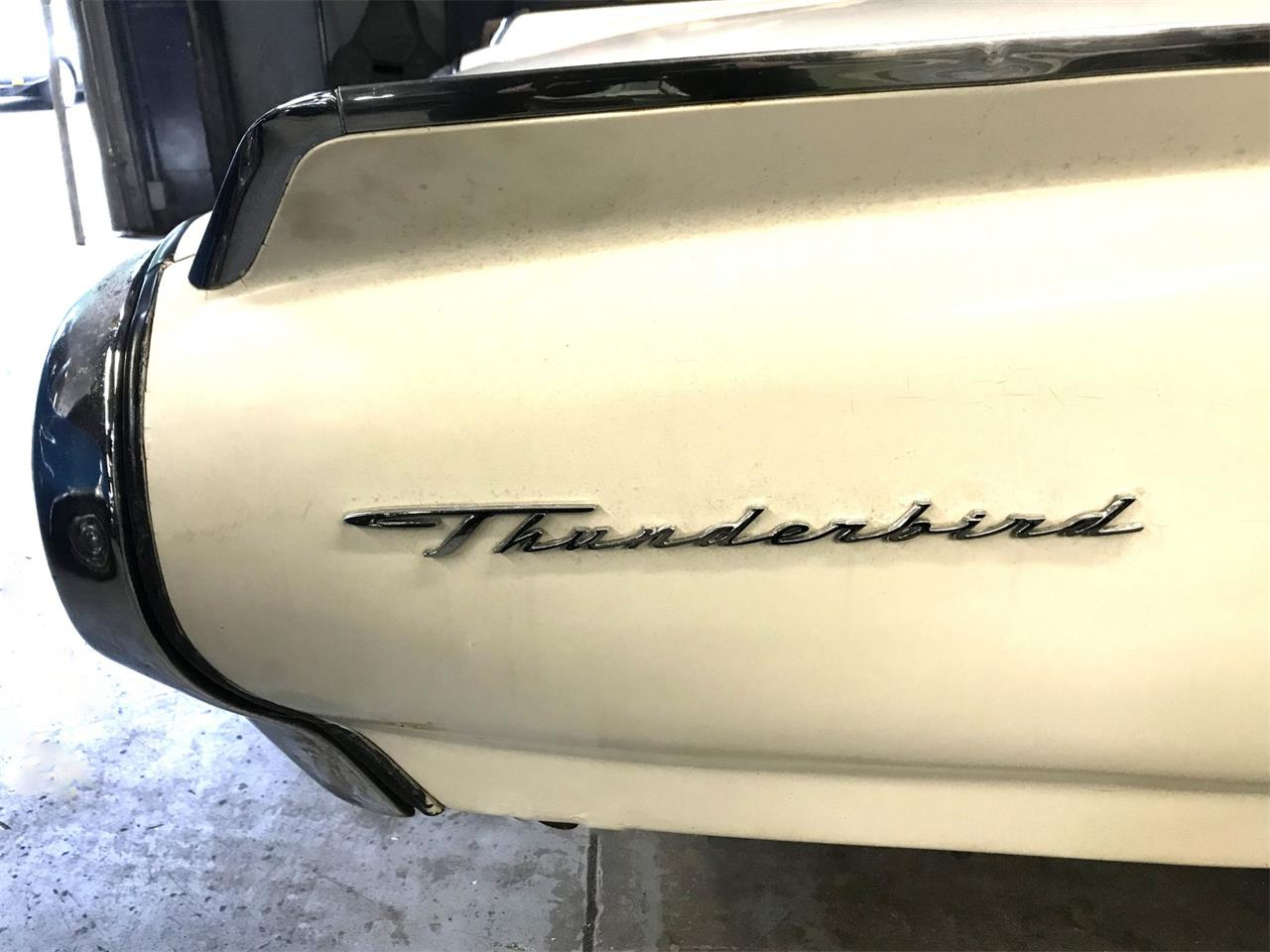 Large Picture of Classic 1963 Thunderbird Auction Vehicle Offered by Black Tie Classics - Q4MX