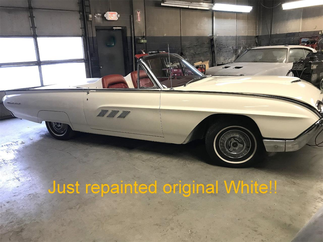 Large Picture of Classic 1963 Thunderbird located in New Jersey Auction Vehicle - Q4MX